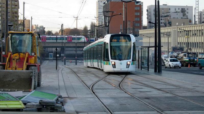 Petite ceinture et service de ceinture du bus pc au tramway t3 association sauvegarde petite - Port de la chapelle paris ...